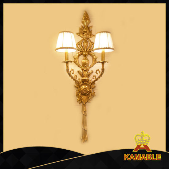 Interior Antique Luxury Classical Bedside Brass Wall Light (FB-0647-2) pictures & photos