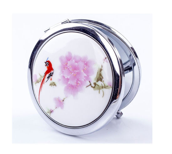 Promotional Mini Makeup Pocket Mirrors pictures & photos
