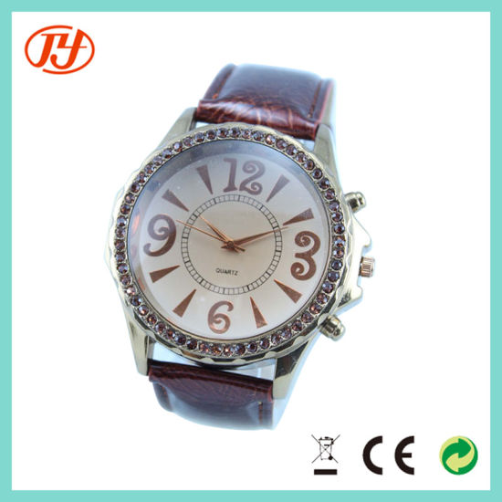 China Factory Wholesale Cheap Price Beautiful Flower Women Wrist Watch pictures & photos