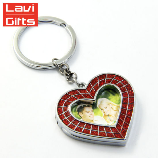 Promotion Gifts Custom Metal Plastic Heart Shape Souvenir Wedding Keychain pictures & photos