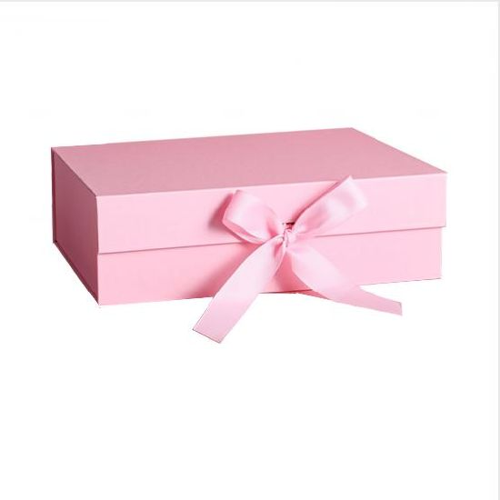 Custom Gift Packaging Foldable Magnetic Gift Box with Ribbon Closure