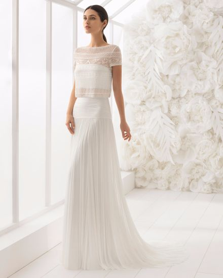 4729fca087 Crop Top Short Sleeve Beading Bolero Pleat Chiffon Beach Wedding Dress
