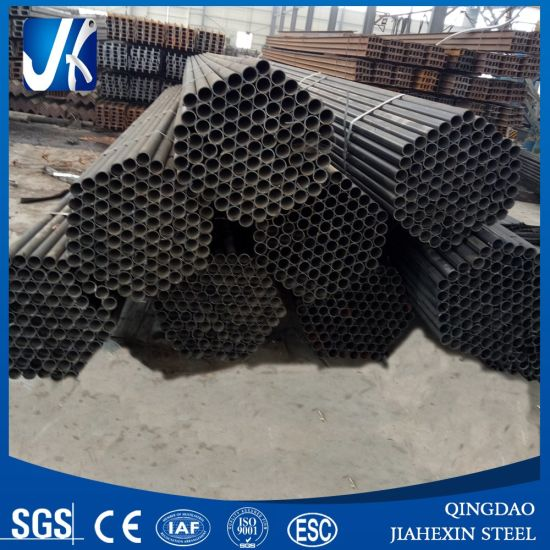 2017welded Round Steel Black Pipes pictures & photos