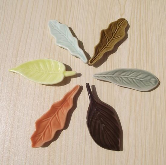 High Qualtiy Tree Leaf Ceramic Tile Fridge Magnet for Promotion pictures & photos