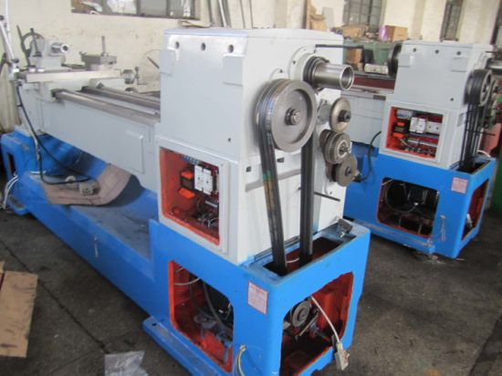 C6246 Horizontal Lathe Machine with High Precision pictures & photos