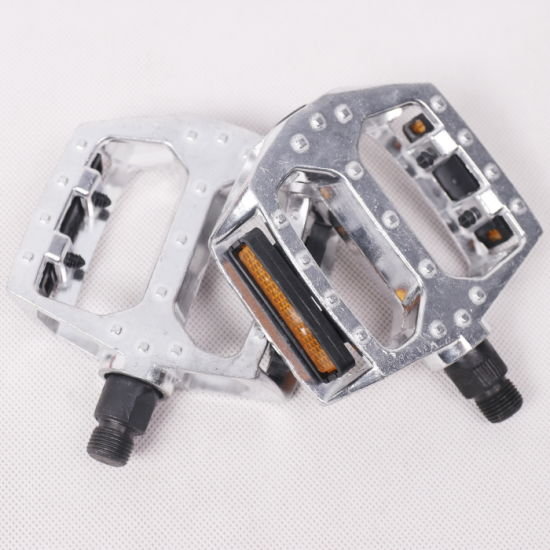 Hot Sell Metal Aluminum Alloy Mountain Bike Pedals (9311) pictures & photos