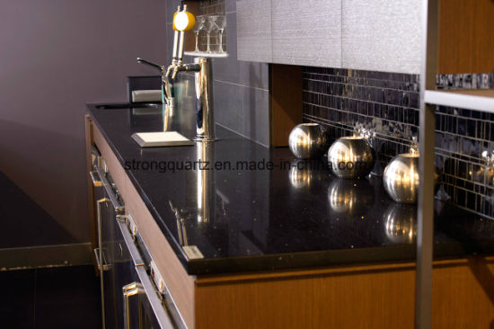 The Perfect Match of Quartz Stone and Kitchen Cabinet