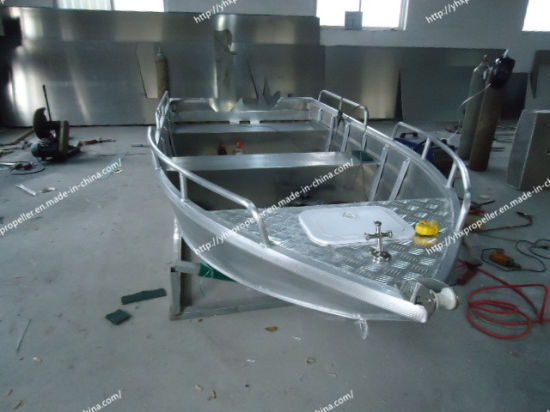 Fishing Boat of Aluminum Alloy in Big Sea pictures & photos