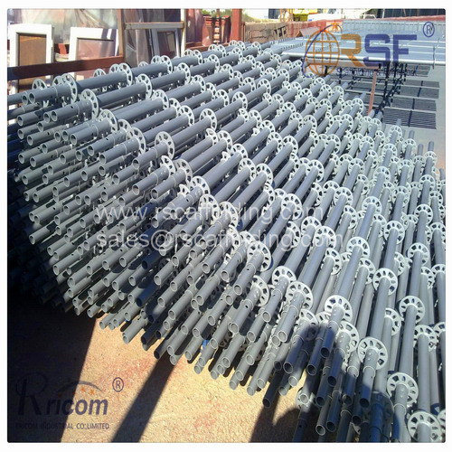 Construction Scarffolding with Plank Galvanized Steel Ringlock Scaffolding pictures & photos