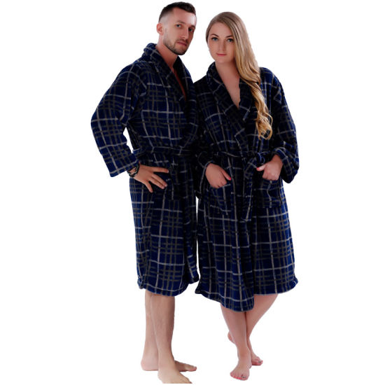New Couples Coral Fleece Bath Robe Navy Plaid Nightgown Sleepwear Plus Size Bathrobe Dressing Gown for Men Women pictures & photos