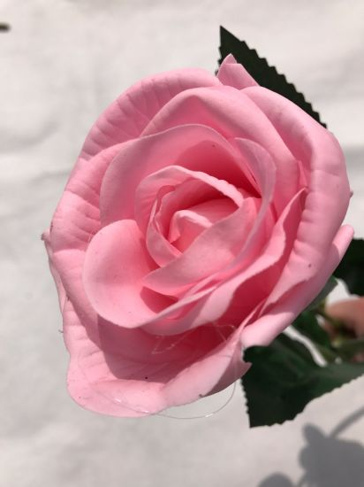 Beautiful Artificial Rose Flowers Silk Flowers for Home Decoration Artificial Flower Wedding Bouquets