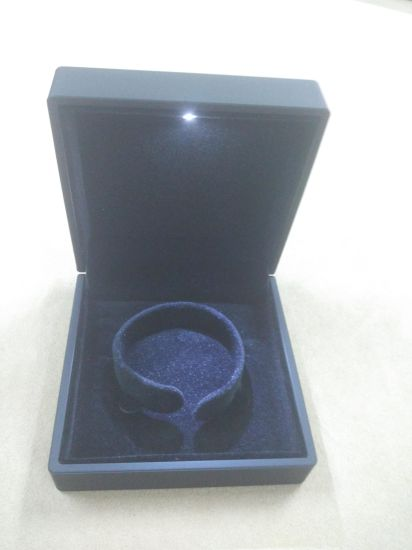 Black Rubber Paint Jewelry Plastic Box pictures & photos