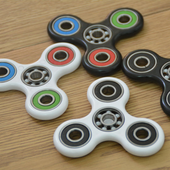 Best Stress Relief Hand Spinner Toys for Fidgety Hands pictures & photos