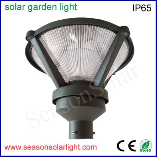 Factory Wholesale Outdoor Energy Lighting Solar Garden Lighting Alu. Top Housing Post Villa Lighting