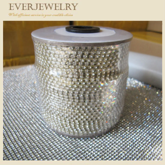 4mm Crystal Rhinestone Cup Chain in Roll for Dress, Shoes, Necklace, Bracelet pictures & photos