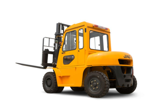 5ton Diesel Forklift Truck with Cabin pictures & photos