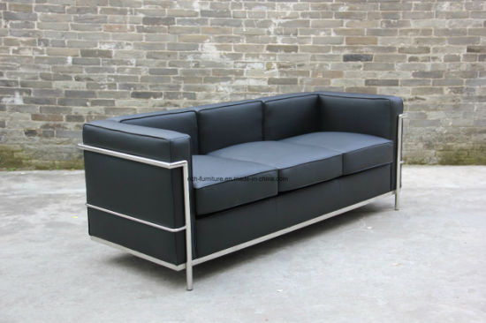 Popular Classical Hotel Chair Office Leather LC2 Sofa with Stainless Frame pictures & photos