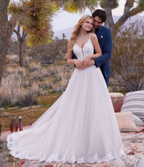 China A Line Wedding Ball Gowns Lace Tulle Bridal Dresses 2020 M2080 China Bridal Dresses And Wedding Ball Gowns Price