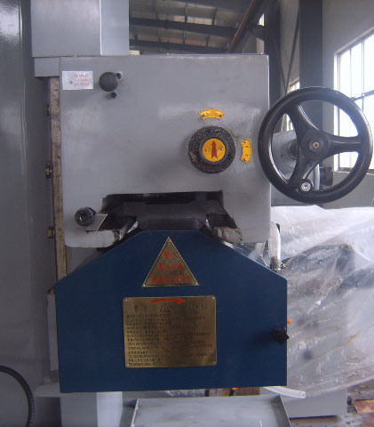 Surface Grinding Machine (M7132 320x1000mm) pictures & photos