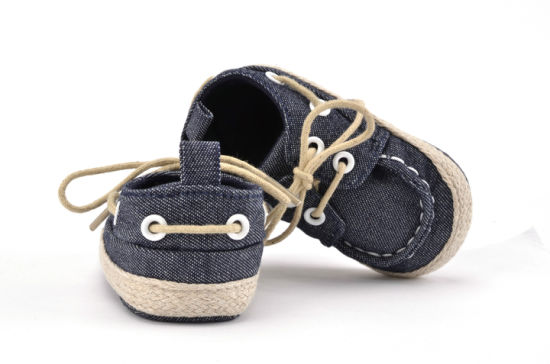 Wholesale Single Laces Soft Soles Indoor Toddler Kids Casual Shoes pictures & photos