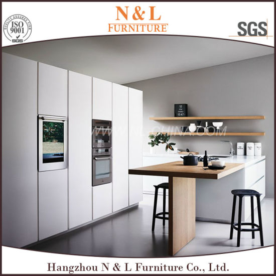 N&L High Gloss MDF Acrylic Kitchen Cabinet pictures & photos