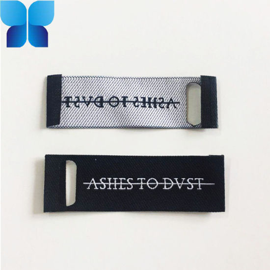 Factory Custom Woven Neck Labels for Women′s Apparel Fabric pictures & photos
