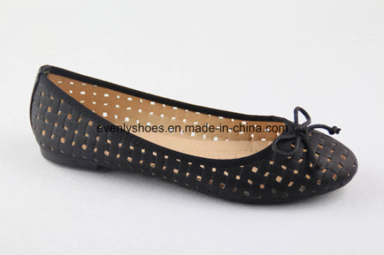 Bowknot Design Sexy Women Flat Lady Shoes for Summer pictures & photos