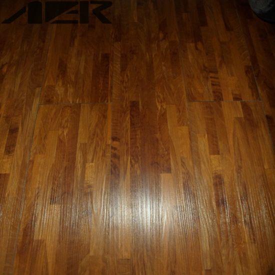 Decorative Pvc Lvt Luxury Vinyl Plank Flooring Tiles In India