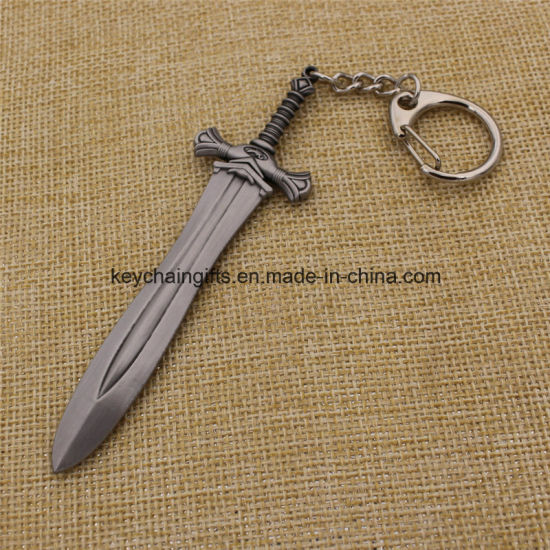 Final Fantasy Miniature Weapons Metal Sword Keychain Ring Pendants pictures & photos