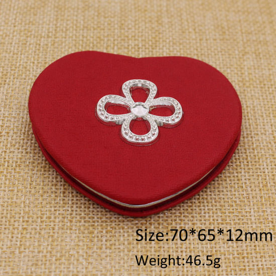 Supply Cheapest Leather Heart Shape Compact Mirror pictures & photos