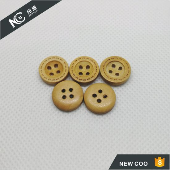 Wholesale Hot Sale Fashion Natural Sewing Wooden Button pictures & photos