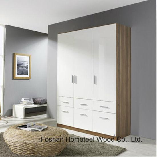 China Wooden High Gloss Bedroom Combined 3 Door Wardrobe Closet