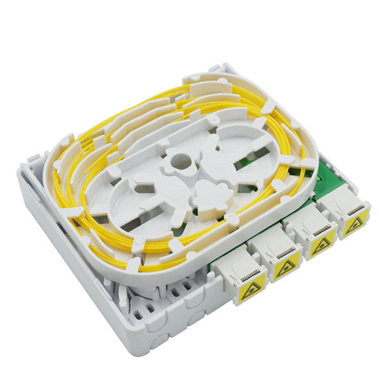 Manufacturing FTTH Outdoor Fiber Optic 4 Core Sc/APC Dust Shutter Adapter Splitter Terminal Box with Pigtail, Adapter and Connector