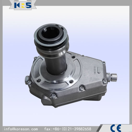 Pump Gearbox Km6106h0 for Tractor Application China Standard