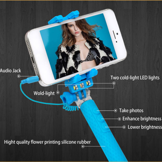 Super Mini Portable Monopod with Flashlight for Selfie pictures & photos