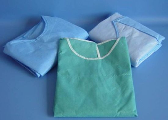 Disposable Medical Gown /Surgical Gown/ Islation Gown with Kintted Cuff pictures & photos