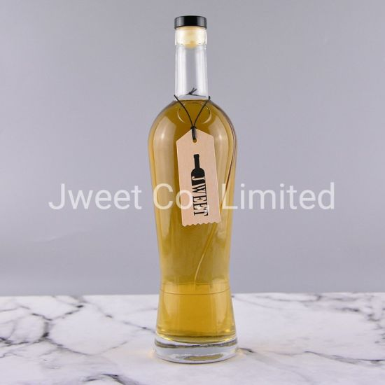Factory Customized Round Shape Clear Flint Spirits Glass Bottle 700ml