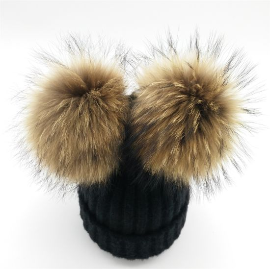 00455f0c9365d7 Winter Knitted Hat Beanie Pompom/Big Raccoon Fur POM Hats pictures & photos