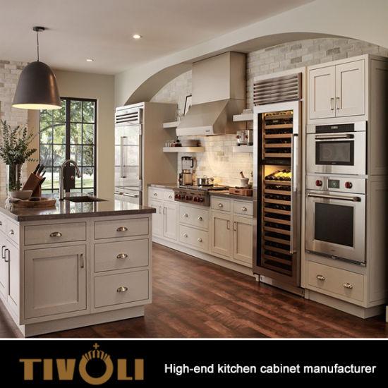 China Elegant Shaker Style White Kitchen Cabinet Classic Wooden