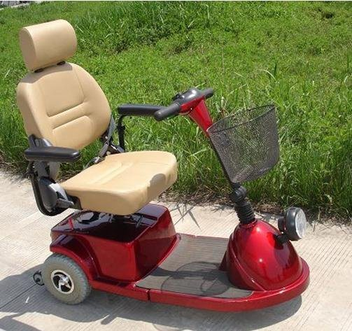 Scooter Electric Four Wheel Vehicle Scooter with Ce