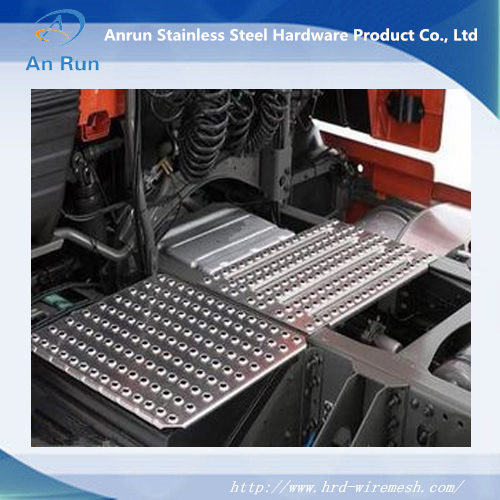 Aluminium Perforated Metal for Antiskid Plate pictures & photos