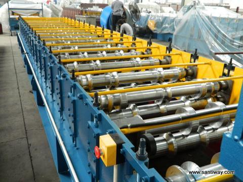 Colorful Steel Glazed Tile Cold Roll Forming Machine pictures & photos