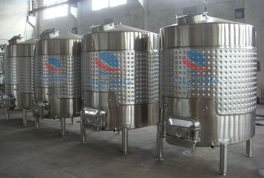 Stainless Steel Sanitary Grade Wine Storage Tank with Side Manhole & Dimple Jacket pictures & photos