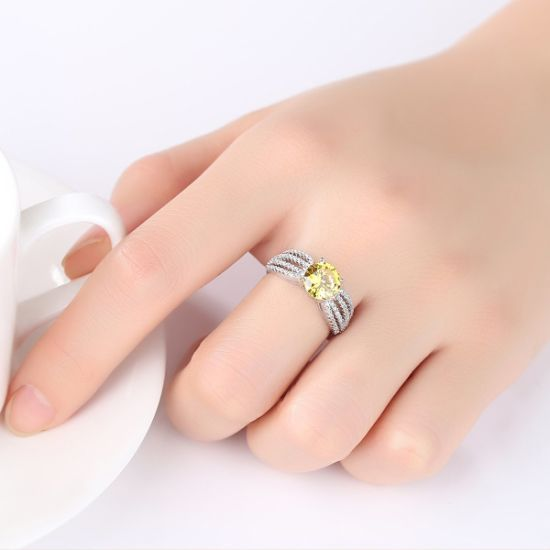 American Style Silver Ring with Yellow and White Shiny CZ Crystal Jewelry for Women Gift pictures & photos