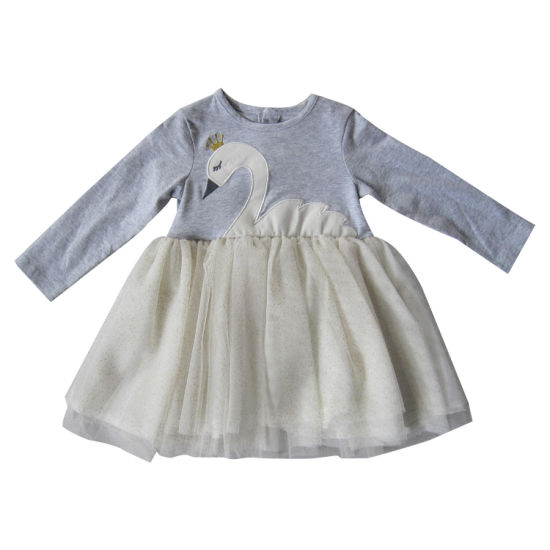Toddler Girl Clothes Swan Patch Embroidery Long-Sleeve Dress pictures & photos
