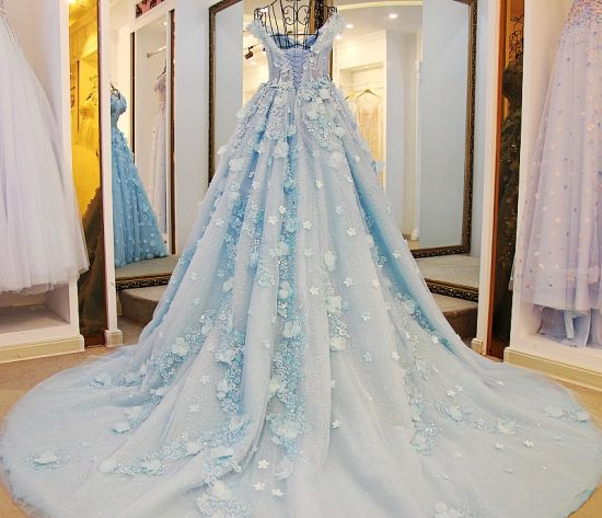 China 3D Flowers Lace Bridal Ball Gowns Beading Wedding Dresses ...