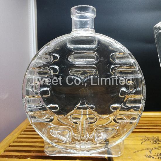 Wholesale Round High Borosilicate Glass 750ml Rum Alcoholic Glass Bottle