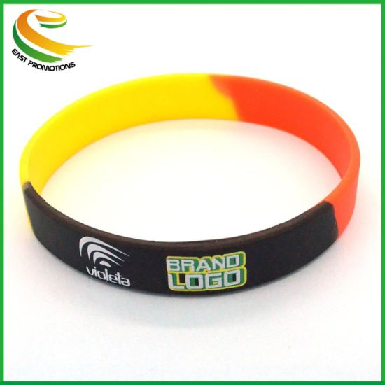 China Custom Your Own Logo Fashion Rubber Silicone Bracelets