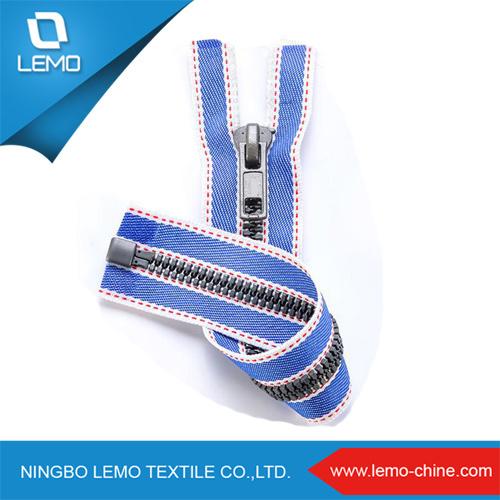 Zippers for Clothes Garments Accessories of Plastic Zipper