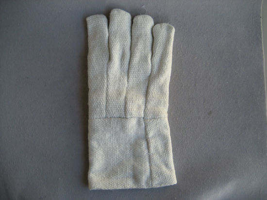 Natural White Ceramic Fiber Fire Resistance String Knit Liner Work Glove pictures & photos